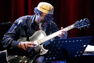 James Blood Ulmer – In And Out (2010)