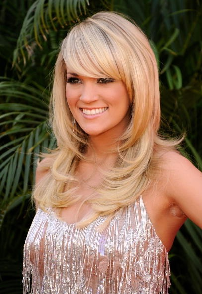 carrie underwood bangs