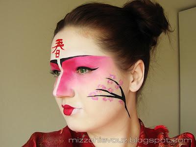 Julia Graf Japenese Cherry Blossoms Kabuki Inspired Makeup - Kabuki-makeup