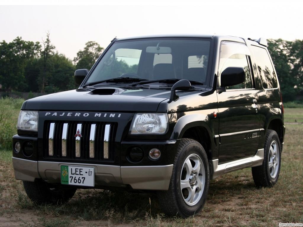 http://2.bp.blogspot.com/_rqqtSGINUiY/TPfFCkcQYUI/AAAAAAAAAHk/5q1Eq2ABBjo/s1600/Pajero+laxuary+car+photo.jpg