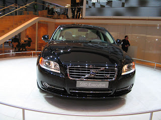 New 2012 Car Review  Volvo S80 Luxury Car Wallpapers  Pictures