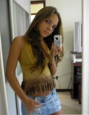 Mujeres Colombianas En Minifalda