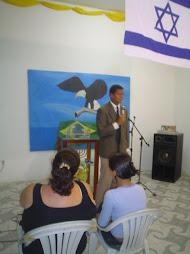 Missionario Pregando
