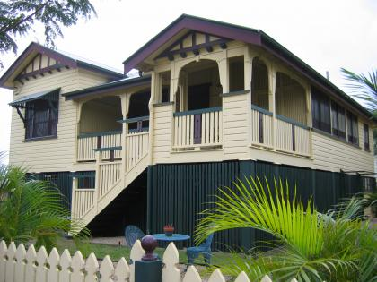 Fun and vjs painting balustrades and a jackhammer for Queenslander exterior colour schemes