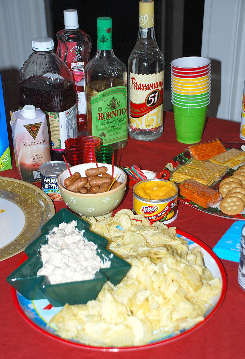 Holiday Party: Tacky Christmas Party Ideas