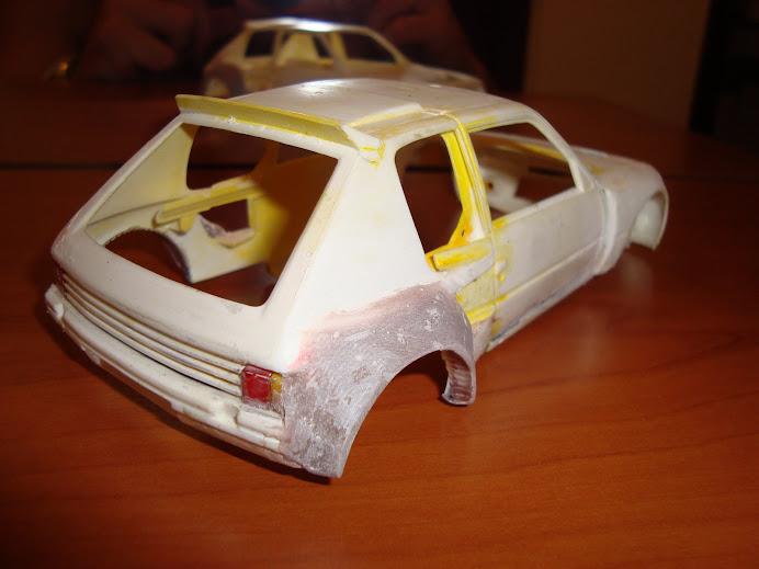 Peugeot 205 para rallye 1/24