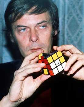 [ErnoRubik.jpg]