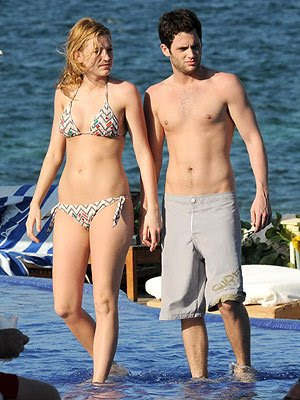 Blake Lively  Boyfriend on Gossip Girl Blake Lively Picture New Photos   Clothing  Magazine