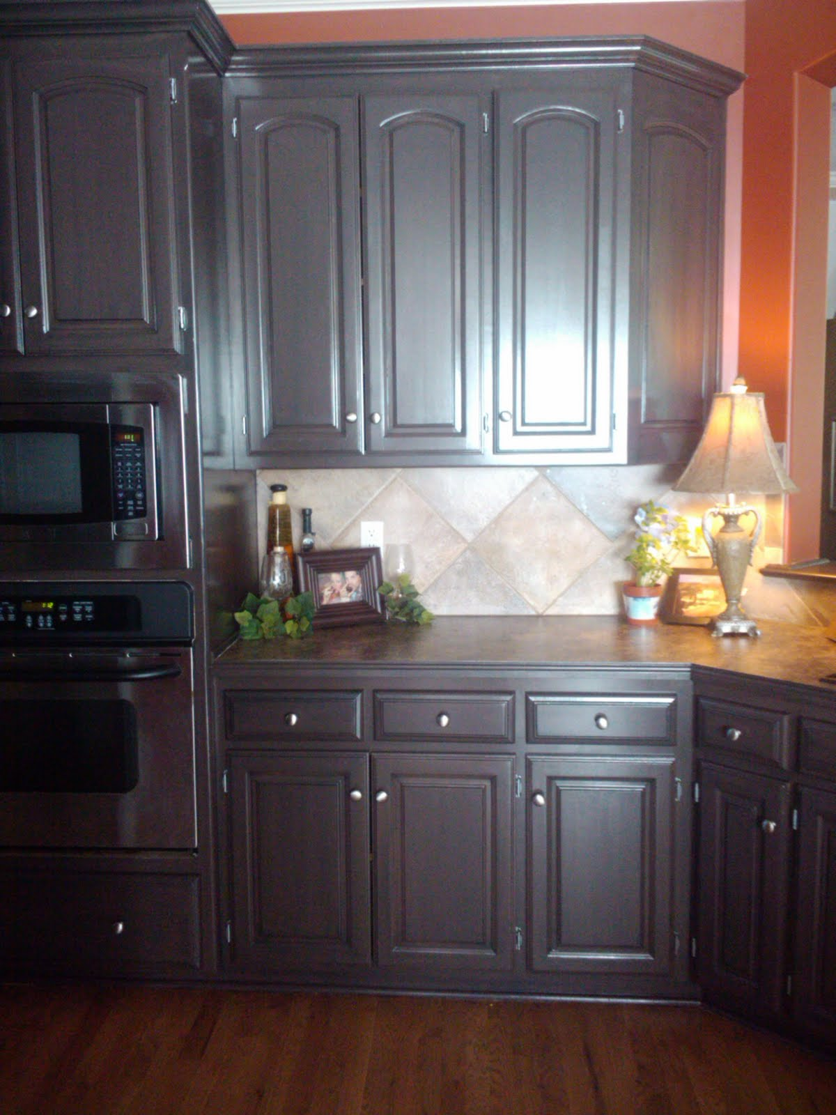 Chocolate brown painted kitchen cabinets amazing for Chocolate brown cabinets