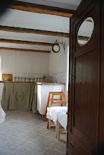 Äntligen köket i lilla 1700tals huset på gården