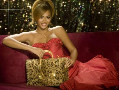 Beyonce in Samantha Thavasa ads