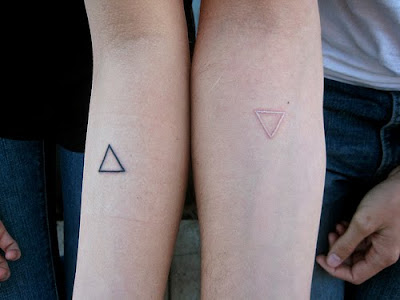 tumblr l3ll18OxJO1qc020vo1 500 >#tattoofriday   White Ink Tattoos