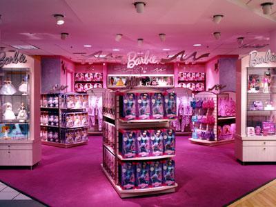 http://2.bp.blogspot.com/_rz0dc9zSspY/TGrE1CjZiPI/AAAAAAAAAOI/NmpMVCuHmvc/s1600/barbie_store3.jpg