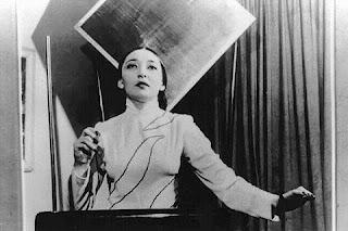 La thereminista Clara Rockmore, la gran diva del instrumento