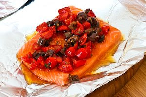 Recipe for Grilled Salmon Packets with Tomatoes, Olives, Garlic, Thyme ...