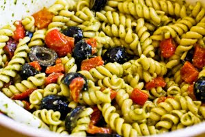 Pesto Pasta Salad Recipe with Olives and Roasted Red Peppers (Meatless