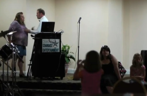Worst Wedding Singer/DJ Ever: Video of the Day ~ Beat By ...