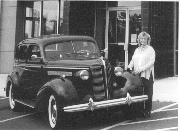 Schelley & Olivia 1937 Buick Special