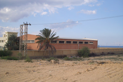Vista sul cortile del carcere di Misratah