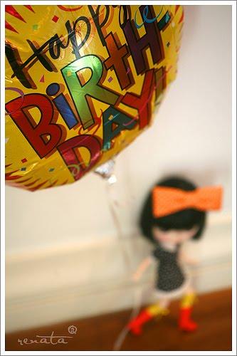 [birthday_balloon]