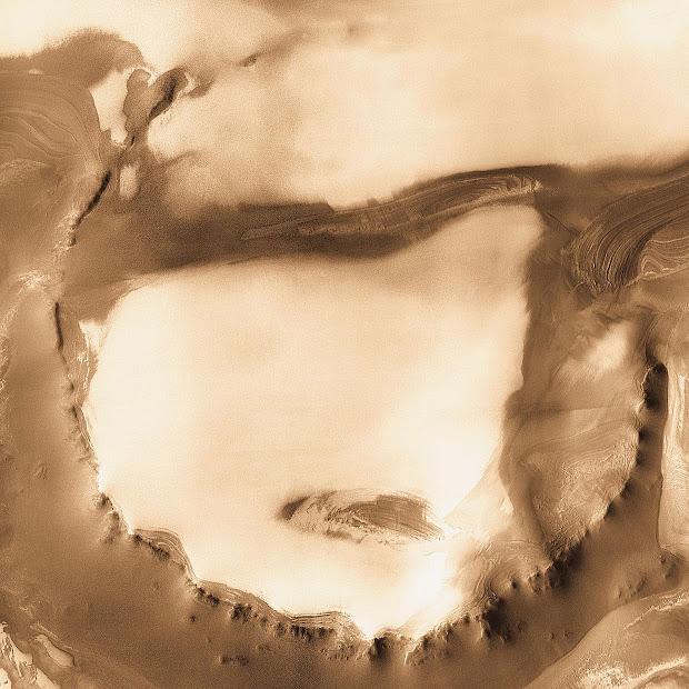 NASA's long-lasting Mars Odyssey orbiter shoots Udzha Crater