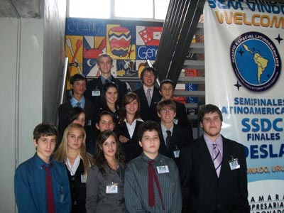 DESAFIO DESLA CON participación de dos estudiantes liceo DAU, JOEL Y EMILIANO. felicidades!!!