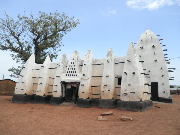 The oldest mosque in Ghana