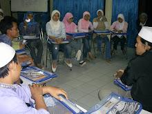 Kemampuan Berkomunikasi dan Berinterkasi di Kalangan Generasi Muda Perlu Dibangun dan Dikembangkan