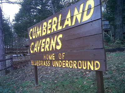 Cumberland Caverns sign