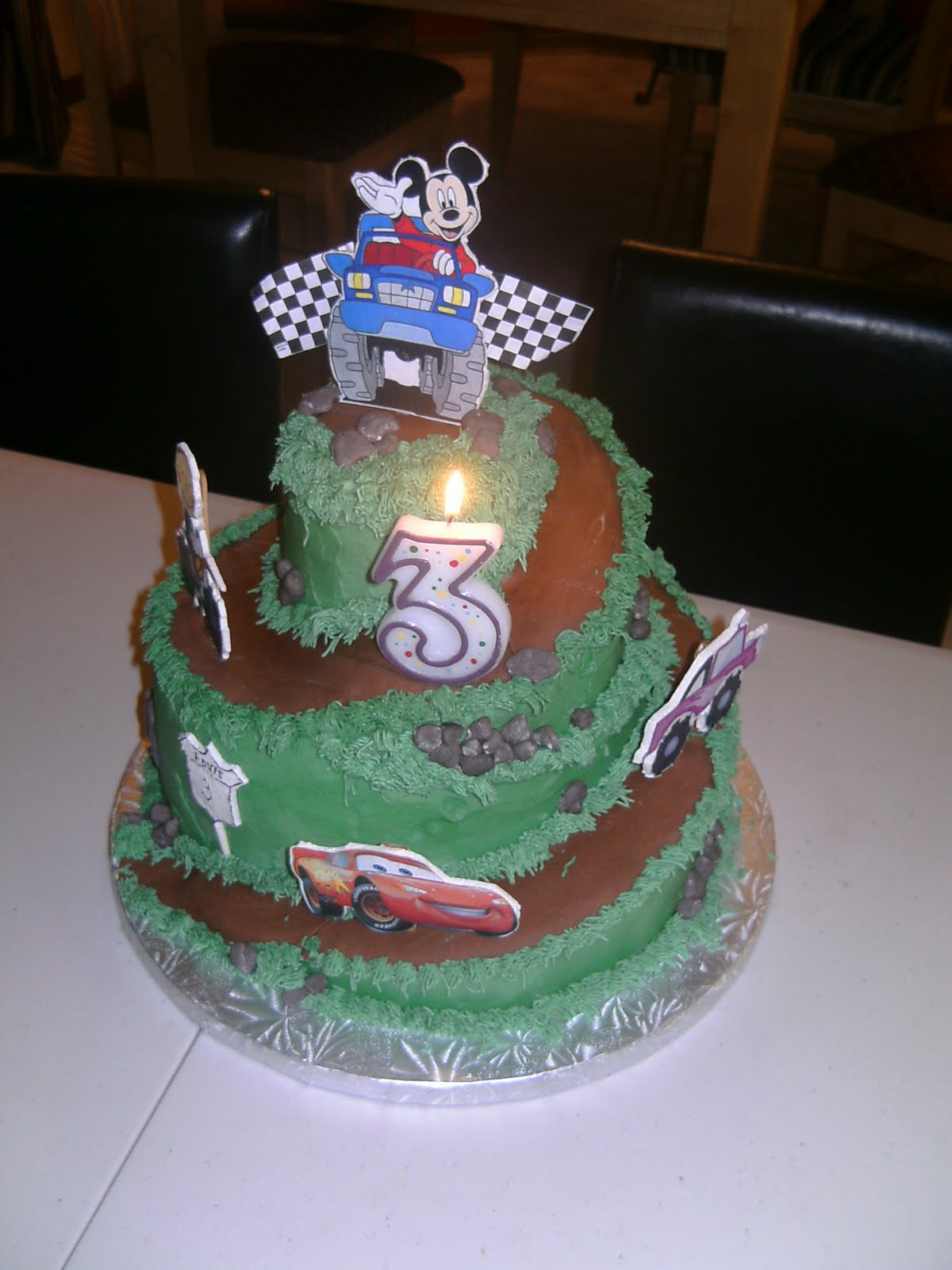 Road Bike Cake Decoration : Le Mie Cose Favorites: Carved Race Track: Dirt Bike ...