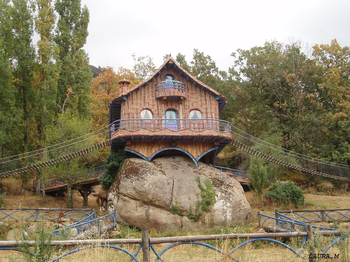 Casa sobre roca de granito mendozada 2009 for Casa la roca