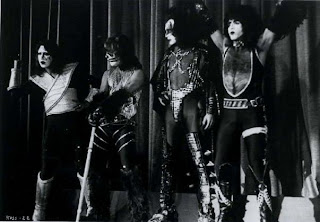 1977.... KISS_1977_56
