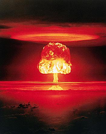 [Pos Oficial] LOST -- Ten years Lost -- - Página 5 11-megaton-nuclear-blast-at-Bikini-Atoll-in-1954-5987437