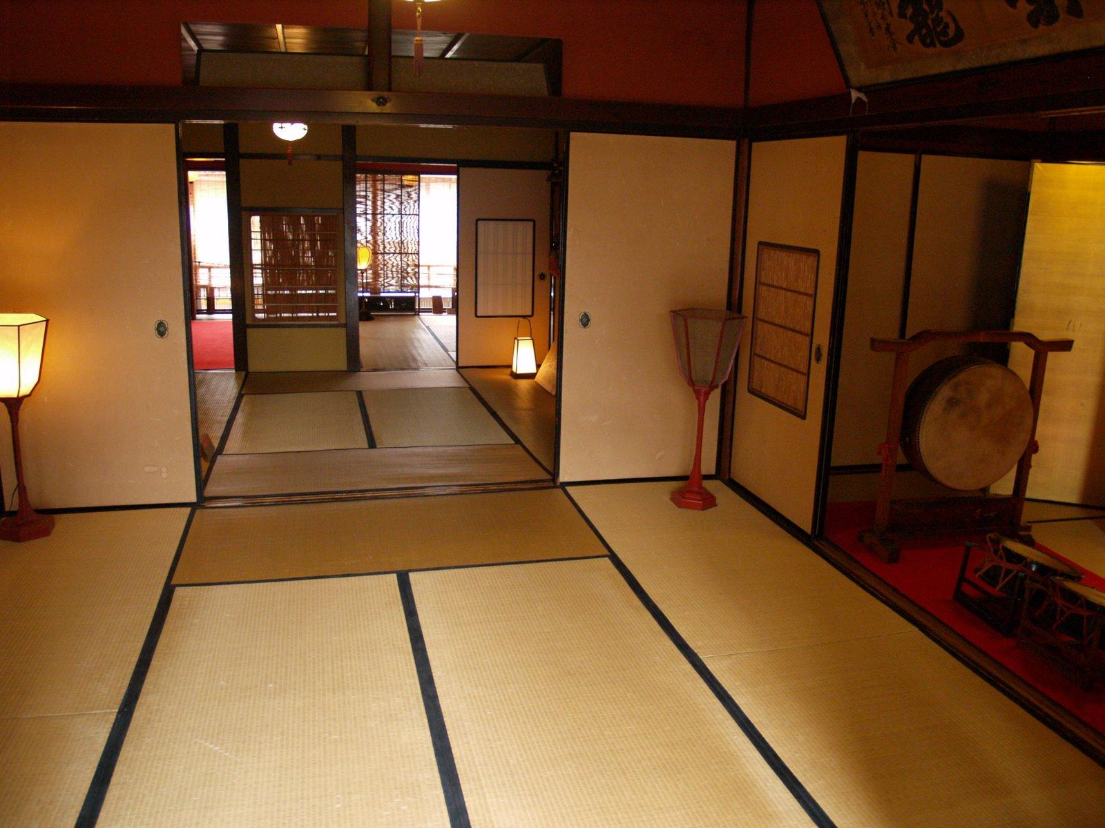 Mundo japon vivienda japonesa for Casa de los azulejos por dentro
