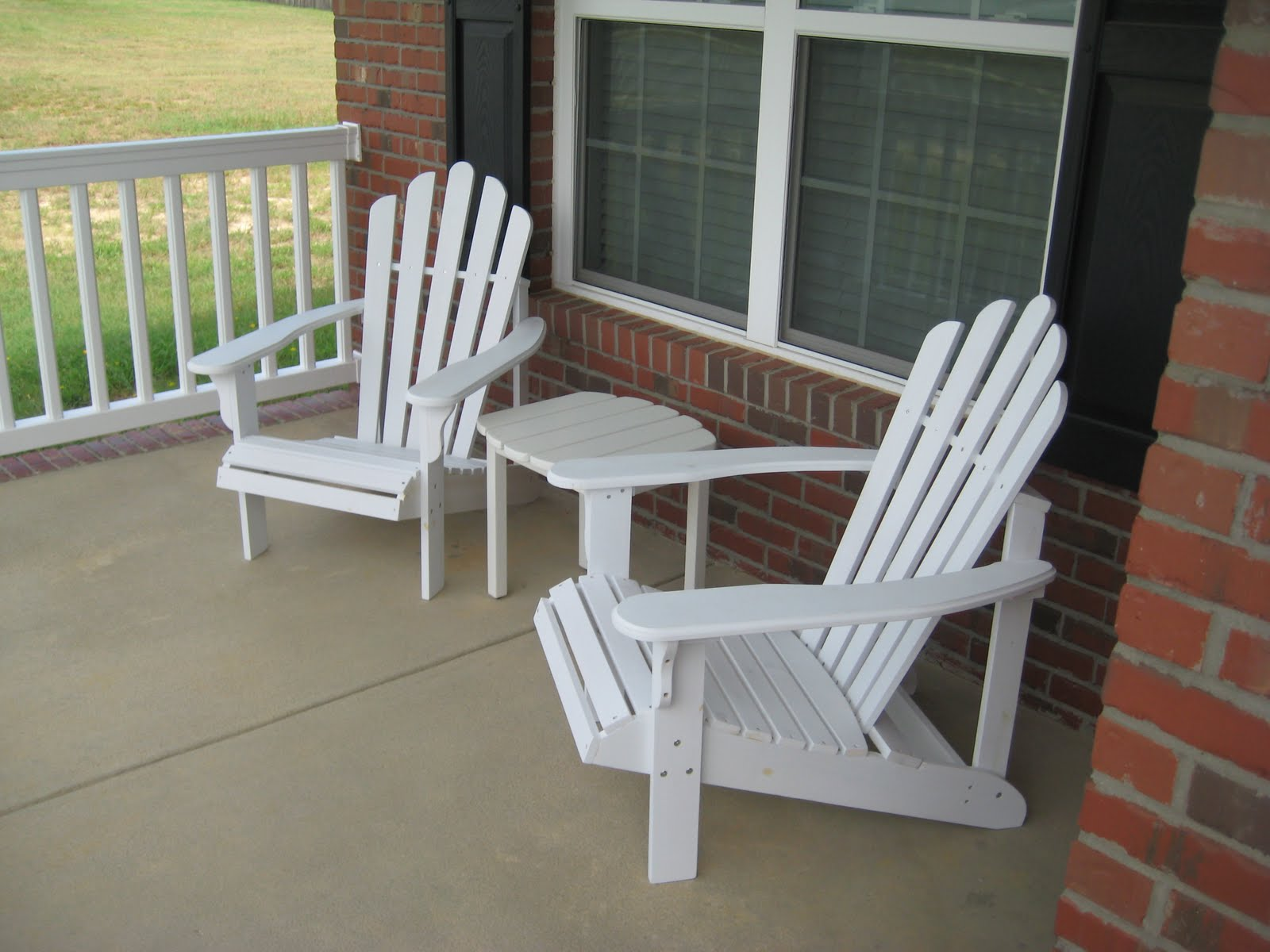Family of 3 new front porch furniture for Front deck furniture ideas