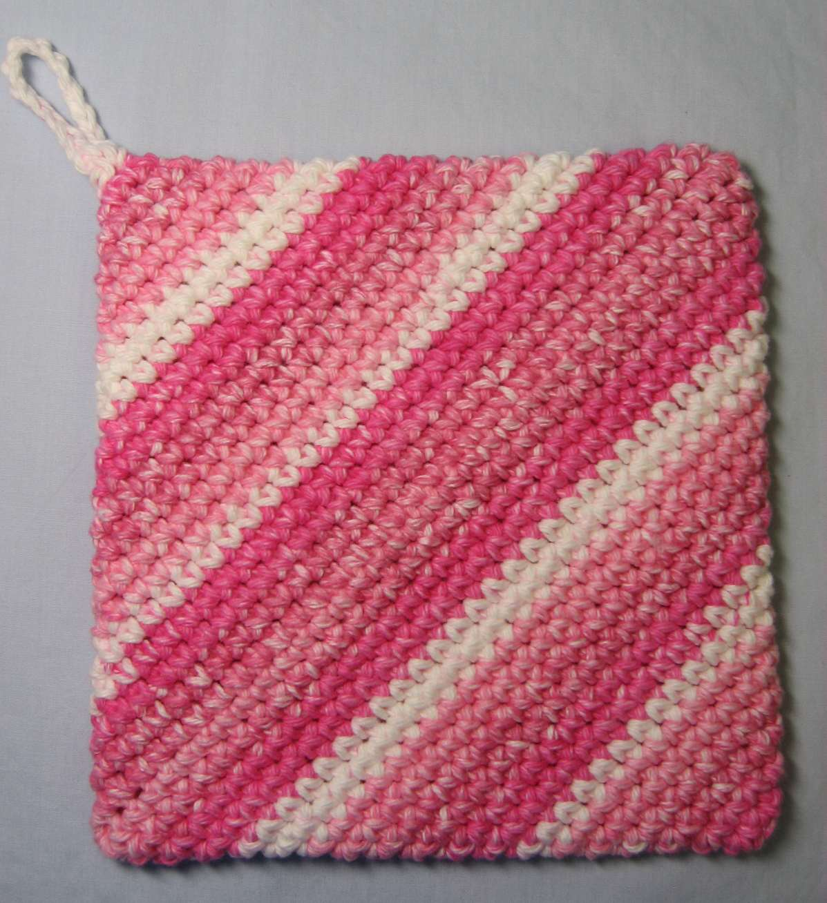 Knit Hot Pad Pattern : Hooked on Needles: Crocheted Hot Pad/Potholder - Its double thick!