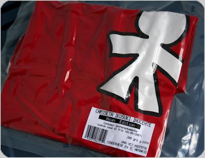 camiseta Inocente · Ikusuki