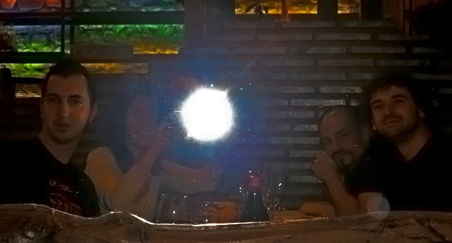 cenando un jueves con los amigos