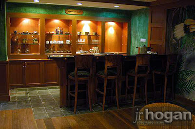Bar and Restaurant at Borneo Highlands