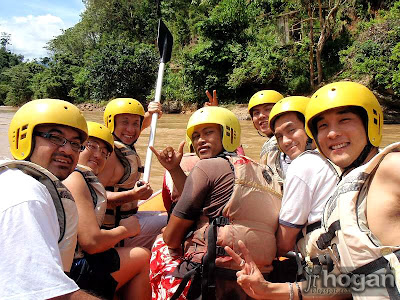 padas river water rafting group photo