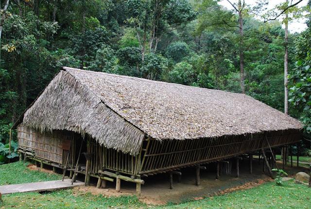 Rungus Longhouse Sabah
