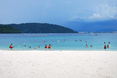 Beach Sapi Island