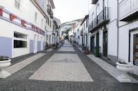 Café Portugal - PASSEIO DE JORNALISTAS nos Açores - São Jorge - Velas - Rua Direita