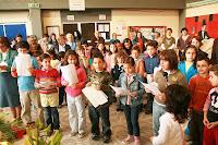 Café Portugal - PASSEIO DE JORNALISTAS nos Açores - São Jorge - Festas do Espírito Santo na Escola Secundária de Velas