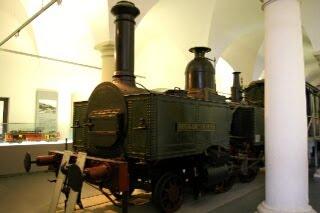 ドレスデン交通博物館に展示されている蒸気機関車