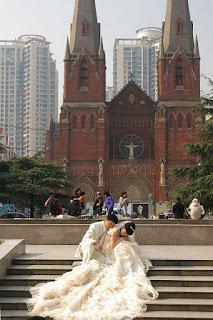 除家匯天主堂で結婚写真の撮影