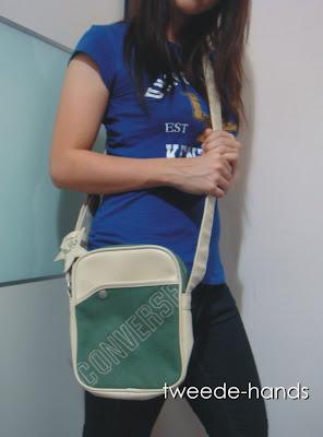 tweedehands soldout converse sling bag