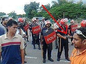 FRU with rifles against unarmed peaceful demonstrators