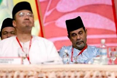 sleeping Hishamuddin and Syed Albar