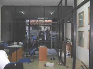 Aluminium Kusen : Pembatas Ruang kantor